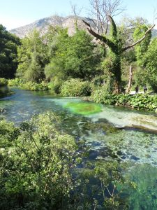 blue eye spring near saranda