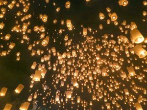 hundreds of lanterns lit up at Yi Peng festival in Chiang Mai